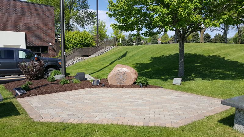 Landscape Lawn Landscaper Cb Services Llc Maple